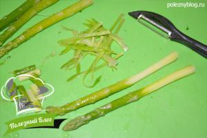 Крем-суп из спаржи с брокколи | Шаг 3