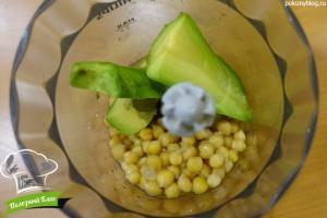 Рулет из лаваша с нутом и авокадо | Шаг 2