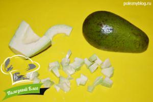 Салат из авокадо и кукурузы без масла | Шаг 3