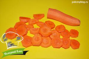 Тушёная говядина с луком и морковью   Шаг 6